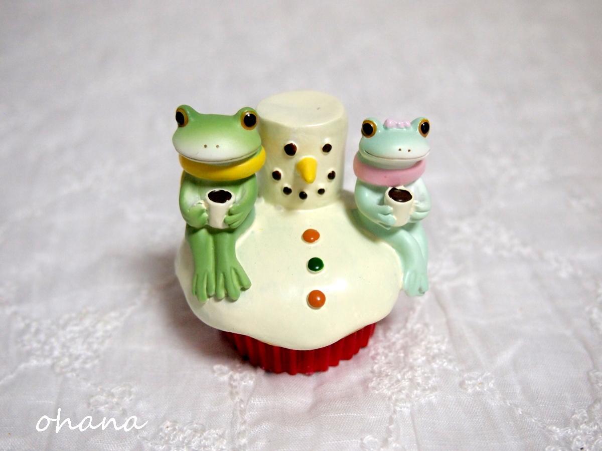 雪だるまケーキとカップル